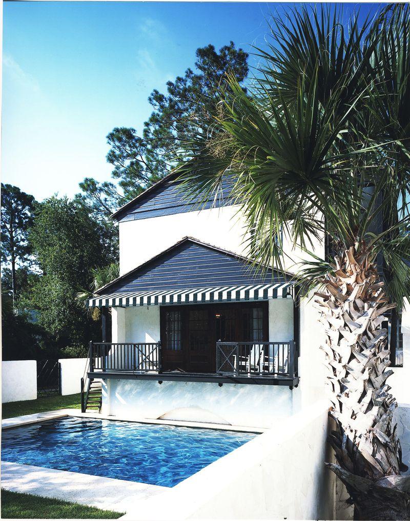 Blacony over pool